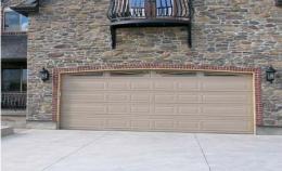ประตูโรงรถผนังผสม Ranch+Woodline
