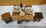 ชุดโต๊ะไม้สักจิ๋ว 1