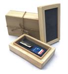 กล่องไม้สน ใส่แฟชไดร์ฟ + เมมโมรี่การ์ด ขนาด 6X10x3.5CM