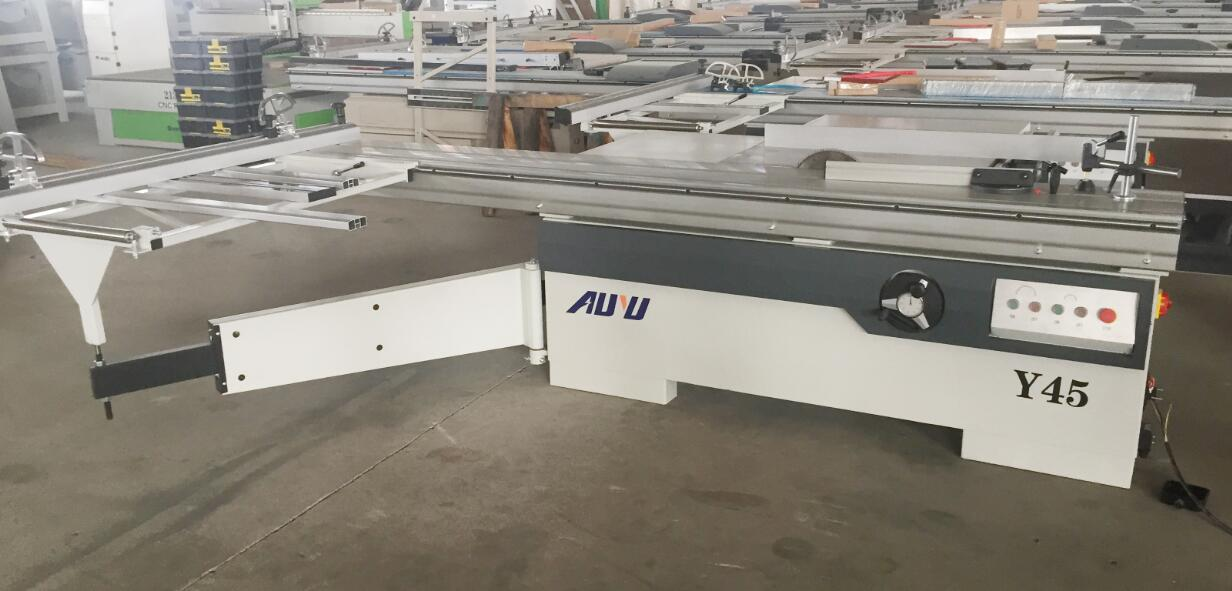 Sliding Table Saw Y45
