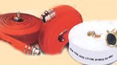 สายส่งน้ำดับเพลิงโพลีเอสเตอร์ สีขาว-แดง ยี่ห้อ Sakura
