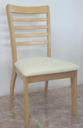 เก้าอี้อาหารไม้