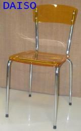 เก้าอี้อะคริลิค