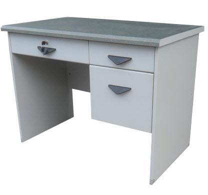 โต๊ะทำงาน TM1202ก