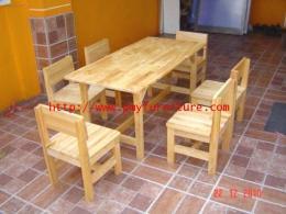 โต๊ะกลุ่มนักเรียนอนุบาลไม้ยางพารา