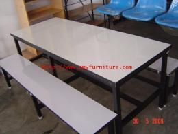 โต๊ะอาหารหน้าโฟเมก้าขาว