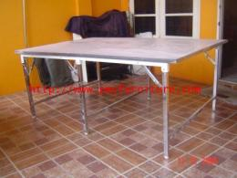 โต๊ะพับหน้าขาว 6 ขา ชุปโครเมี่ยม