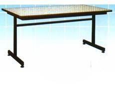 โต๊ะเอนกประสงค์หน้าโฟเมก้าขาว ขาเหล็กสีดำ