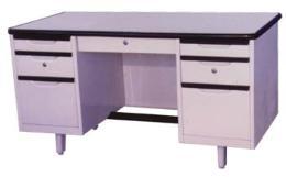 โต๊ะสำนักงานเหล็ก 4.5 ฟุต