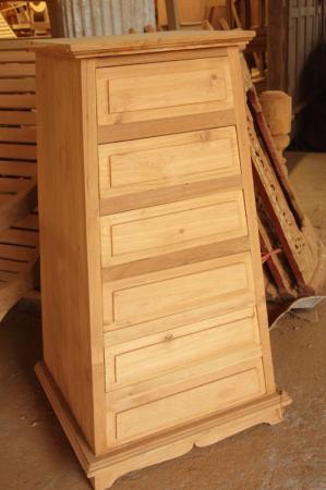 ตู้ลิ้นชักไม้สัก 6 ชั้น ทรงเอ