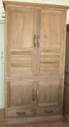 ตู้เสื้อผ้าไม้สัก 4 บานประตู 2 ลิ้นชัก