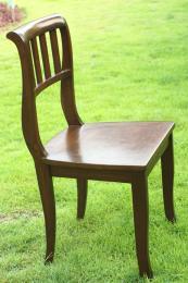 เก้าอี้ไม้สัก พนักพิงหลังแบบซี่ไม้ แข็งแรงทนทาน
