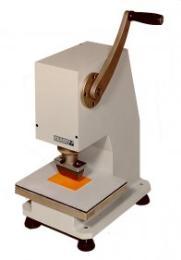 เครื่องตัดชิ้นงานตัวอย่างแบบใช้มือหมุนโยก