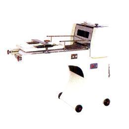 เครื่องม้วนขนมปังแซนด์วิช รุ่น UP-M403