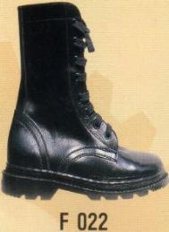 รองเท้านิรภัยทรงสูง F 022