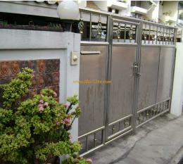 ประตูรั้วสแตนเลสแบบทึบ ST038