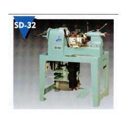 เครื่องกลึงมือโยก SD-32