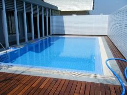 รับสร้างสระว่ายน้ำ