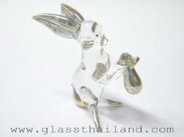 ตุ๊กตาแก้ว กระต่ายถือถุงทอง 04001