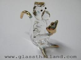 ตุ๊กตาแก้ว ลิงถือก้อนทอง  09002