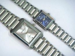 นาฬิกาข้อมือโลหะอัลลอยย์ HALEI -MCIRMXM EA426ML