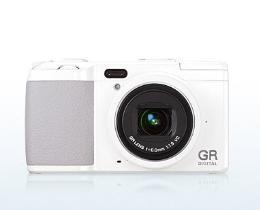 กล้องดิจิทัล ricoh รุ่น GR DIGITAL IV White Edition