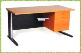 โต๊ะทำงานไม้ขาเหล็ก 2 ลิ้นชัก AM4502