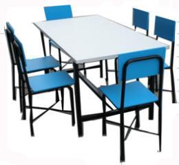 โต๊ะเก้าอี้สำหรับเด็กปฐมวัย แบบ 6 ที่นั่ง