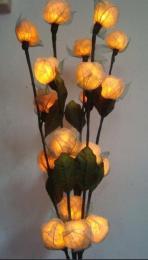 โคมไฟดอกไม้ใบยางพารา สีขาว