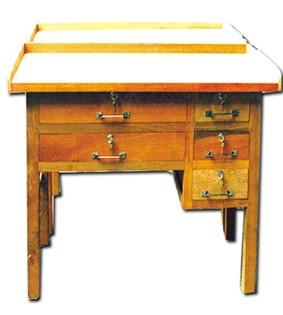 โต๊ะทำทองห้าลิ้นชัก