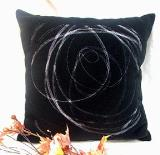 หมอนอิง 15 Suede Embroidered