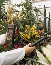 เครื่องวัดความชื้นสัมพัทธ์และอุณหภูมิในอากาศแบบภาคสนาม HI9065