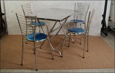 ชุดโต๊ะเก้าอี้สแตนเลสชุดที่ 2