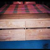 ตู้ปลายเตียง 4 ลิ้นชัก fw45