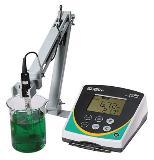เครื่องวัดความเป็นกรด-ด่าง แบบตั้งโต๊ะ รุ่น pH 700 with Epox