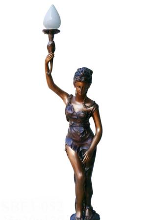 รูปปั้นผู้หญิง SBF3-052