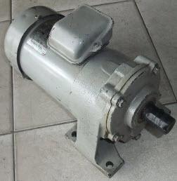 มอเตอร์เกียร์ 1/2HP 380V 100rpm มือสอง 000895