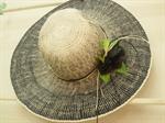 หมวกสาน ติดดอกไม้