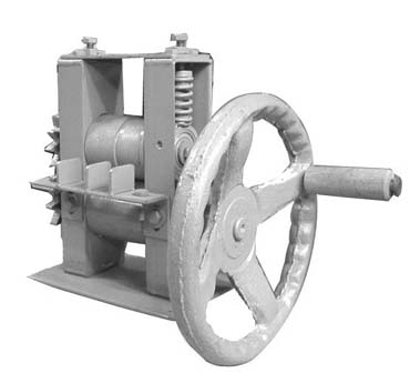 เครื่องจักตอกไม้ไผ่ ใช้มือหมุน  (UU0210389)