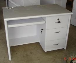 โต๊ะไม้สำนักงาน PKI-7-1