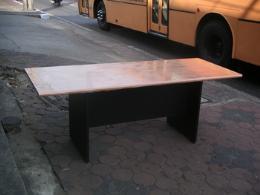 โต๊ะประชุมไม้