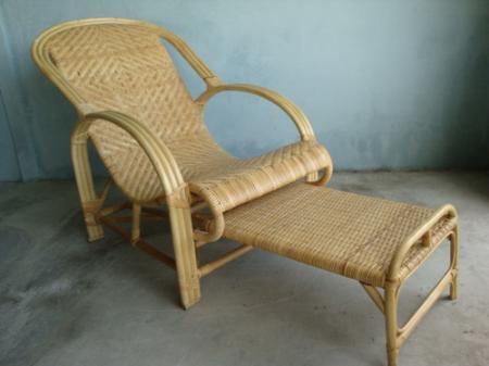 เก้าอี้เอนนอน