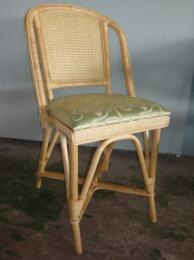 เก้าอี้อาหารพิงหลังลายลูกแก้ว