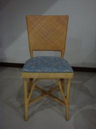 เก้าอี้สานเฉลียงลายสองไร้รอยต่อ