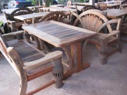 T021 โต๊ะสนามเกวียน ขนาด 80 150 ซม.