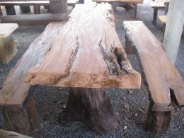 E015 โต๊ะสนามไม้ประดู่ ขนาด 1.80 เมตร