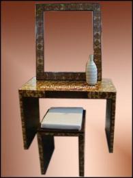 โต๊ะเครื่องแป้งไม้สักต่อลาย