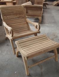 เก้าอี้สนามไม้สัก หรือเก้าอี้นั่งเล่น