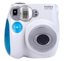กล้องดิจิตอล Fuji รุ่น Mini 7