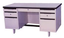 โต๊ะสำนักงานเหล็ก ขนาด 4.5 ฟุต
